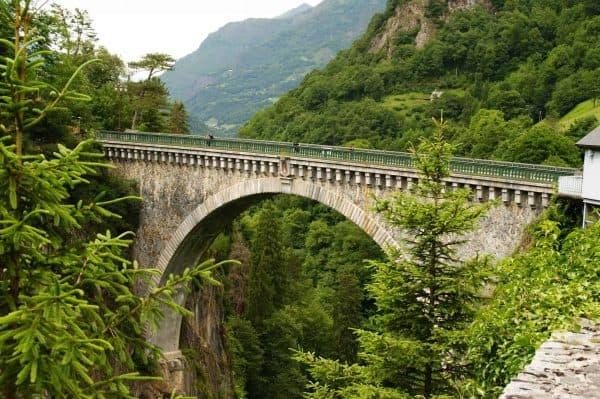saut elastique pont napoleon luz saitn sauveur occitanie hautes pyrénees